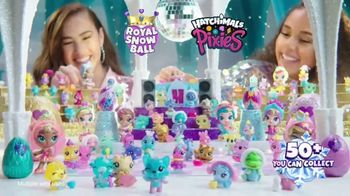 Hatchimals CollEGGtibles Season 6.5 The Royal Snow Ball TV Spot, 'Accessories in Every Egg' - Thumbnail 10