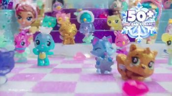 Hatchimals CollEGGtibles Season 6.5 The Royal Snow Ball TV Spot, 'Accessories in Every Egg'