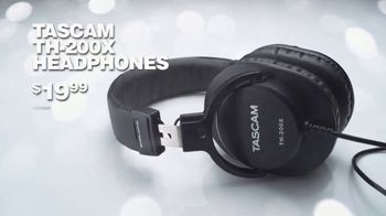 Guitar Center TV Spot, 'Holidays: Casio and Headphones' Song by Lookas - Thumbnail 8