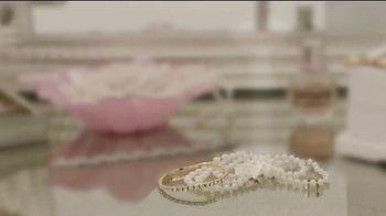 Finishing Touch Flawless Contour TV Spot, 'Rose Quartz' - Thumbnail 1