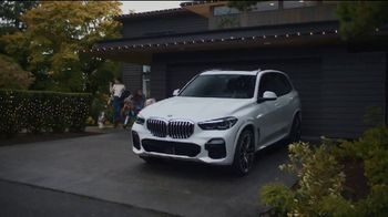 BMW TV Spot, 'Holiday Parties' Song by OK Go [T2] - 197 commercial airings