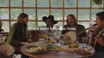 XFINITY Mobile TV Spot, 'Design Your Own Data: Save $400 and Unwrap $250 Off Samsung' - Thumbnail 5