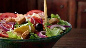 Olive Garden Oven Baked Pastas TV Spot, 'Smoked Mozzarella Shrimp Rigatoni: Behold' - Thumbnail 5