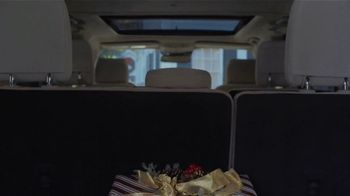 Ford Built for the Holidays Sales Event TV Spot, 'Sleigh' [T2] - Thumbnail 5