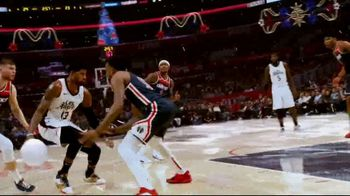 NBA TV Spot, 'Ballin' in a Christmas Wonderland' - Thumbnail 6