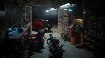 Chevrolet TV Spot, 'J.D. Power Dependability Awards: Real Presenters' [T1] - Thumbnail 3