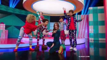 Old Navy TV Spot, 'Holiday Wrapping: 75 Percent' Feat. Neil Patrick Harris, Billie Catherine Lourd - Thumbnail 5