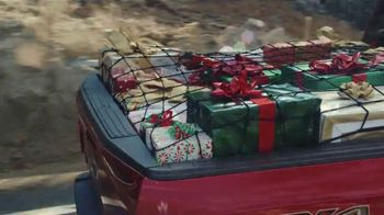 Ford Built for the Holidays Sales Event TV Spot, \'Bring the Gifts and the Tree\' [T2]