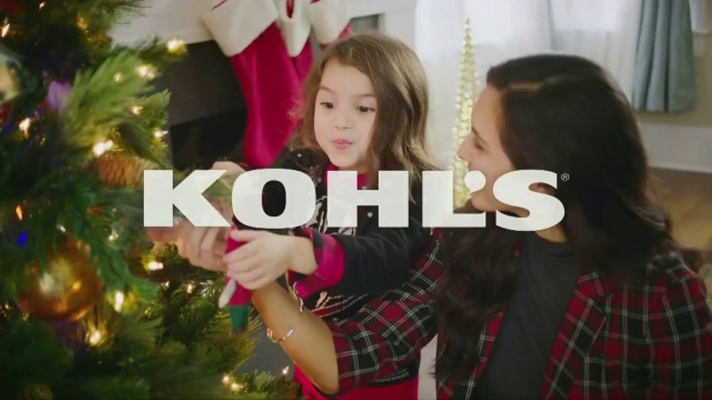 Kohl's TV Commercial, 'Holidays: Jewelry, Xbox and Celebrity Fragrances'