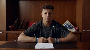 NFL TV Spot, 'Huddle for 100: Make Your Minutes Count' - Thumbnail 10