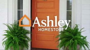 Ashley HomeStore Best of the Best Mattress Sale TV Spot, 'Ends Monday: Ashley Cash' Song by Midnight Riot - Thumbnail 1