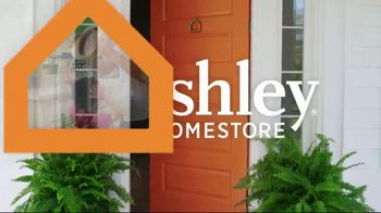 Ashley HomeStore Best of the Best Mattress Sale TV Spot, 'Ends Monday: Ashley Cash' Song by Midnight Riot - Thumbnail 2