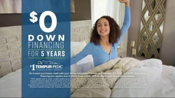Ashley HomeStore Best of the Best Mattress Sale TV Spot, 'Ends Monday: Ashley Cash' Song by Midnight Riot - Thumbnail 5