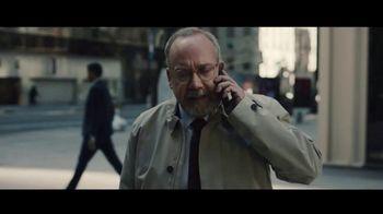Volkswagen Atlas Cross TV Spot, 'Islands' Featuring Paul Giamatti [T1] - Thumbnail 3
