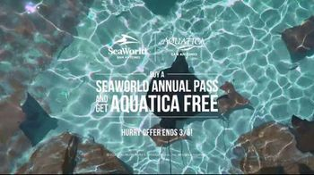 SeaWorld San Antonio TV Spot, 'Texas Stingray & Tonga Twister: Annual Pass' - Thumbnail 9