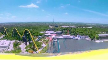 SeaWorld San Antonio TV Spot, 'Texas Stingray & Tonga Twister: Annual Pass' - Thumbnail 6