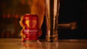 Budweiser Nitro Reserve Gold TV Spot, 'Smooth'