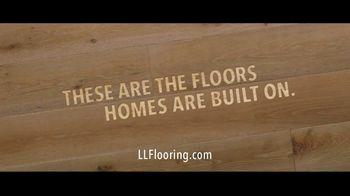 Lumber Liquidators TV Spot, 'Black Friday in Spring: 35 Percent Off Waterproof Vinyl' Song by Electric Banana - Thumbnail 9