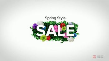 Value City Furniture Spring Style Sale TV Spot, 'Why Wait on Your Tax Refund?' - Thumbnail 1