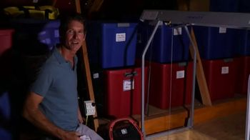 Versa Lift TV Spot, 'No Electricity, No Problem'