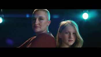 Stand Up 2 Cancer TV Spot, 'Help Us Take Down Cancer' Featuring Chris Evans - Thumbnail 7
