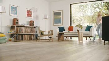 Bona TV Spot, 'For Simply Beautiful Floors: Relax and Enjoy' - Thumbnail 5