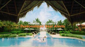 Travelocity TV Spot, 'Swimming in Savings' - Thumbnail 4