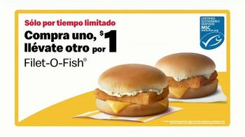 McDonald's Buy One, Get One for $1 TV Spot, 'Dame ese Filet-O-Fish' [Spanish] - Thumbnail 7