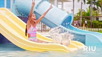 Apple Vacations Super Sale TV Spot, 'Take You There: RIU Hotels & Resorts' - Thumbnail 5