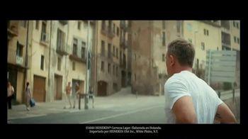 Heineken TV Spot, 'Daniel Craig vs. James Bond: la misión' con Daniel Craig [Spanish] - Thumbnail 2