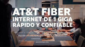 AT&T Internet Fiber TV Spot, 'Altavoz inteligente: traduce: $39.99 dólares' [Spanish] - Thumbnail 8
