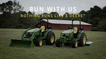 John Deere 4M Heavy Duty Compact Utility Tractors TV Spot, 'Enter the Poultry House' - Thumbnail 9