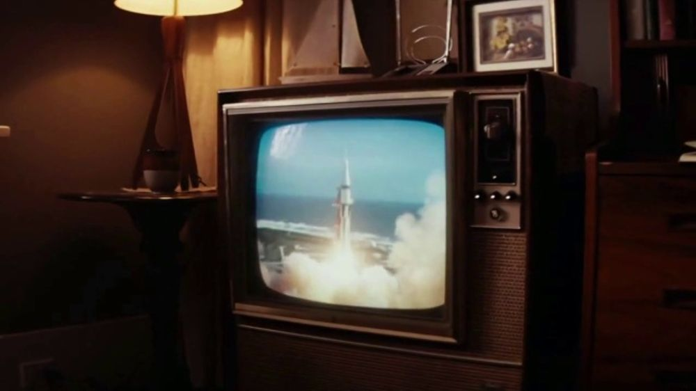 Spectrum TV Commercial, 'Man on the Moon'