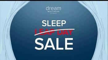 Value City Furniture Dream Mattress Studio Sleep Sale TV Spot, 'Leap Day' - Thumbnail 5