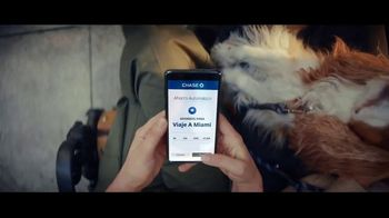 JPMorgan Chase Autosave TV Spot, 'A donde queramos ir' canción de Nikka Costa [Spanish] - Thumbnail 4