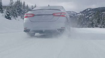 2020 Toyota Camry TV Spot, 'Snow Days Are Fun Again' Song by Wired for North [T1] - Thumbnail 5