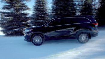 Toyota TV Spot, 'Dear Cabin Fever' [T2] - Thumbnail 5