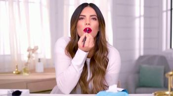 Neutrogena Makeup Remover Cleansing Towelettes TV Spot, 'Lápiz labial' con Gaby Espino [Spanish]