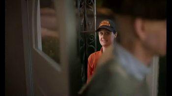 Little Caesars Pizza TV Spot, 'Corte de cabello' [Spanish] - Thumbnail 6