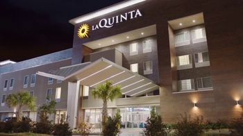 La Quinta Inns and Suites TV Spot, 'Tomorrow You Triumph: Pumped: Earn a Free Night' - Thumbnail 2