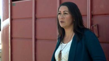Mason Morse Ranch Company TV Spot, 'We Live It to Know It: Jackie Zurcher' - Thumbnail 7