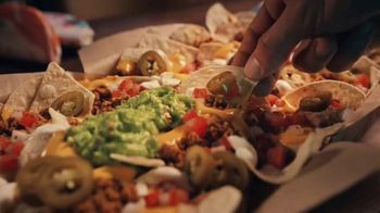 Taco Bell Nachos Party Pack TV Spot, 'Steal the Show'