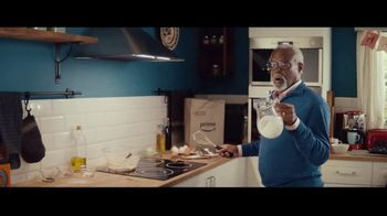 Amazon Prime 2-Hour Grocery Delivery TV Spot, 'Trouble Ahead' Song by Nat King Cole - Thumbnail 1