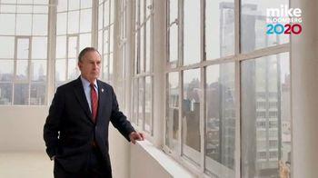 Mike Bloomberg 2020 TV Spot, 'Judge Him' Featuring Judge Judy Sheindlin - Thumbnail 6