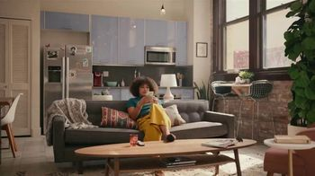Grubhub TV Spot, 'Perks: Free Delivery on Your First Order' Song by Lizzo - Thumbnail 1