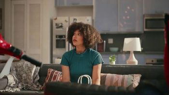 Grubhub TV Spot, 'Perks: Free Delivery on Your First Order' Song by Lizzo - Thumbnail 10
