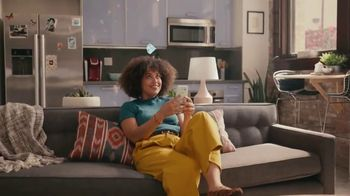 Grubhub TV Spot, 'Perks: Free Delivery on Your First Order' Song by Lizzo - Thumbnail 3