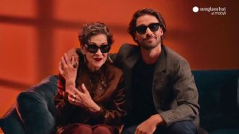 Sunglass Hut at Macy's TV Spot, 'The Year-Long Gift' - Thumbnail 8