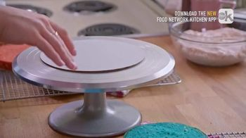 Food Network Kitchen App TV Spot, 'Molly's Layer Cake: Frosting' - Thumbnail 3
