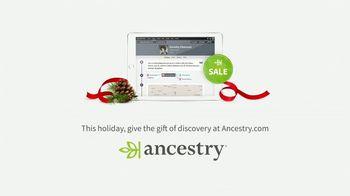 Ancestry TV Spot, 'Holidays: Grandma's Dimples' - Thumbnail 10